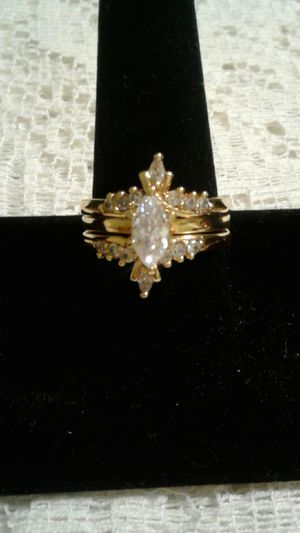 Costume wedding ring set of 3 size 10 gold plated metal cz for Sale in Fullerton, CA