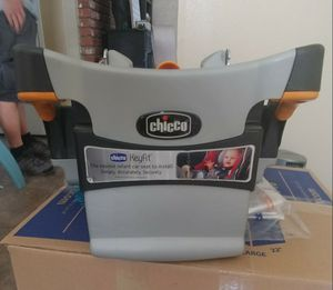 Chicco Keyfit 30 car seat base for Sale in San Jacinto, CA