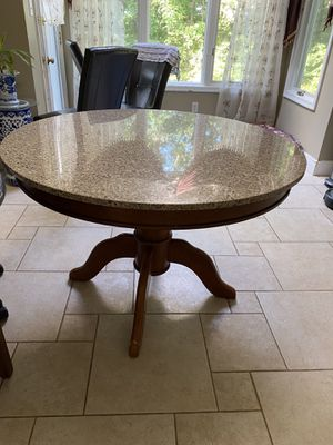 Dining table for Sale in Sharon, MA