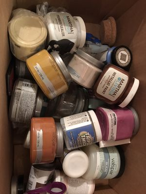 Various paint samples & Christmas stuff for Sale in Knoxville, TN
