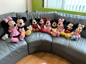 Mickey and Minnie plush collection. for Sale in Torrance, CA