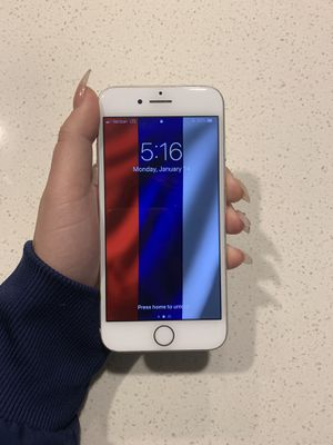 iPhone 8 64g NOT LOWERING THE PRICE for Sale in Tampa, FL