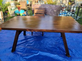 Very Nice Soild Wood Table for Sale in Keizer,  OR