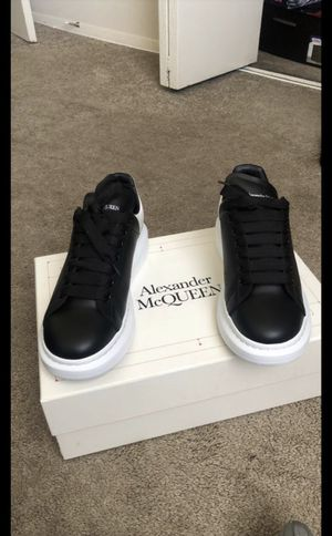 Alexander McQueens for Sale in Waldorf, MD