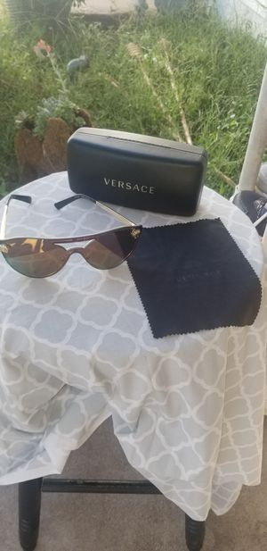 Versace sunglasses for Sale in Valley Center, KS