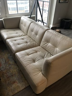 Free Couch for Sale in Chicago, IL