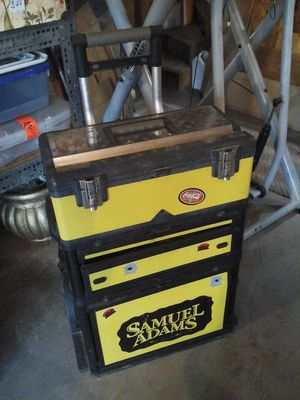 Stanley tool chest on wheels. Compartments have items in them for Sale in Lakeside, AZ