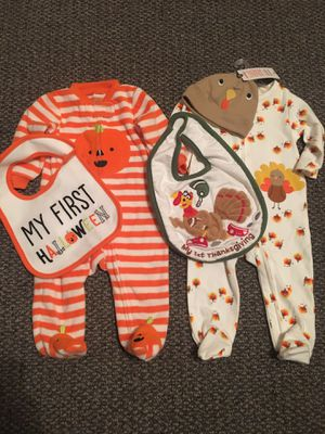 Halloween and Thanksgiving Outfits - 3 months for Sale in Atchison, KS