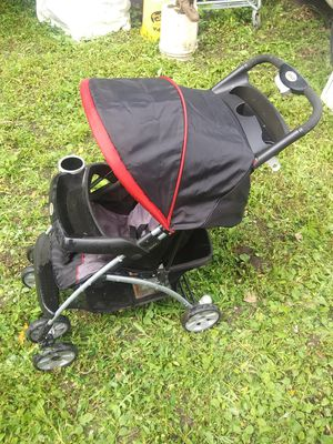 Single baby stroller, good condition, works as should for Sale in Saint Paul, MN