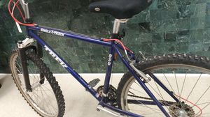 Trek Mountain Bike w/ Knobby Tires for Sale in Chicago, IL