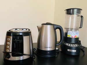 Kitchen appliance - Toaster, Kettle and Mixer (used) for Sale in Herndon, VA