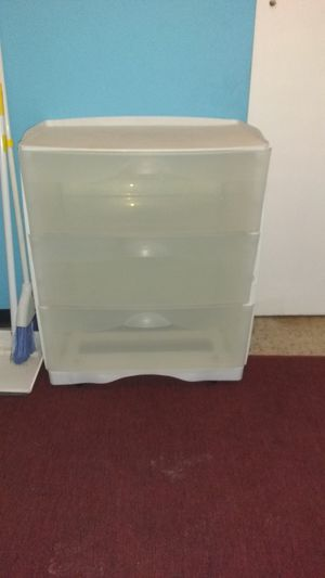 Plastic drawer for Sale in New Port Richey, FL
