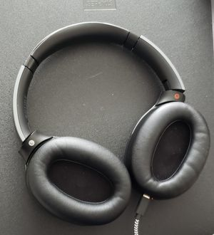 New sony wh-1000xm2 for Sale in Rockville, MD