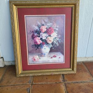 2 PICTURE FRAMES FREE for Sale in Rancho Cucamonga, CA
