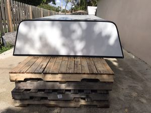 Leer camper top for pickup trucks brand new needs to go ASAP for Sale in Miami, FL