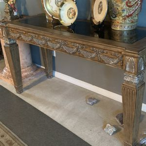 Big and Heavy Gorgeous Console Table for Sale in Brentwood, CA