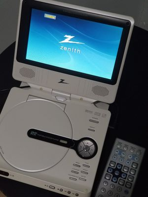 Zenith Portable DVD / CD player for Sale in IND HEAD PARK, IL