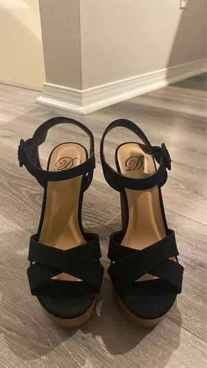Brand new heels size 5.5 for Sale in Ontario, CA