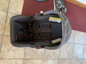 Baby car seat for Sale in West Peoria, IL