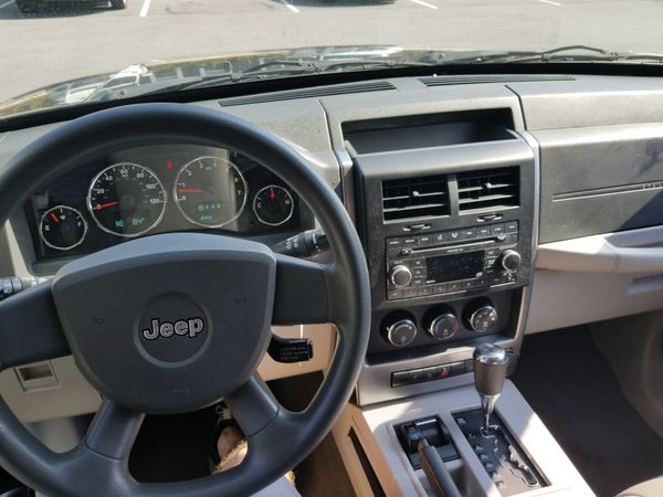 2008 Jeep 4WD One Owner