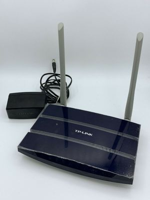 TP-Link Archer C50 AC1200 Wireless Router for Sale in Los Angeles, CA