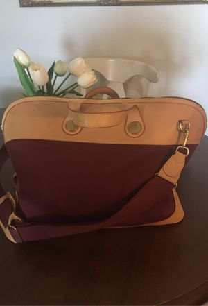 Dooney & Bourke Cabriolet Weekender Bag for Sale in Escondido, CA