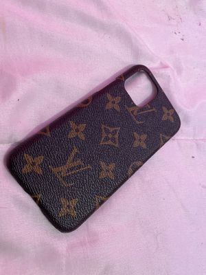 I phone 11 pro case for Sale in Riverside, CA