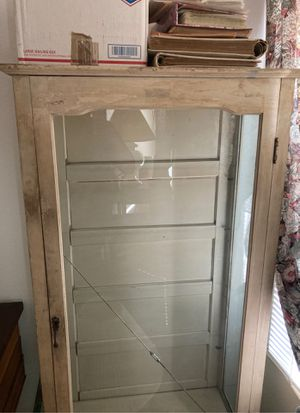 Antique display cabinet for Sale in Oceanside, CA