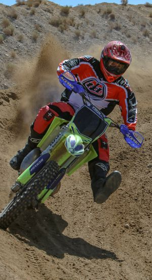 Yamaha YZ250 dirt bike for Sale in Moreno Valley, CA