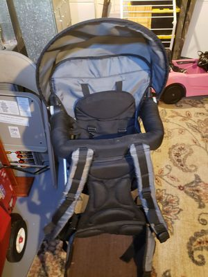 Chicco backpack baby carrier for Sale in Columbus, OH
