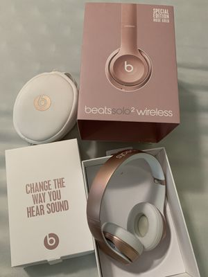 Beats solo 2 Rose Gold for Sale in Sugar Land, TX