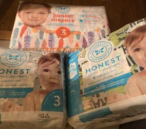 Honest diapers size 3 for Sale in East Los Angeles, CA