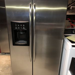 Refrigerator for Sale in Bakersfield, CA