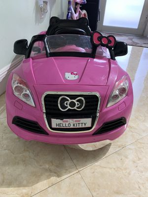 Hello kitty ride on car for Sale in Hialeah, FL