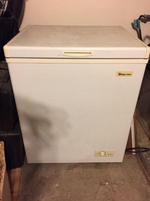 Magic Chef 5.5 Cubic Foot Chest Freezer or Beer Fermentation Chamber for Sale in Gilbert, AZ