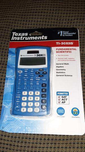 Texas instruments. Ti-30xiis for Sale in Wenatchee, WA