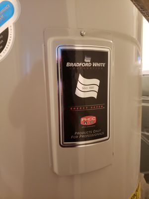 Water Heater for Sale in Kirkland, WA