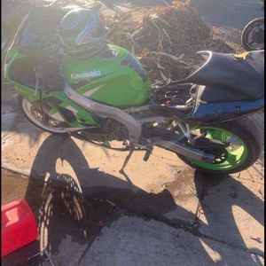 My 1999 Kawasaki ZX6R Was Stole for Sale in Fresno, CA