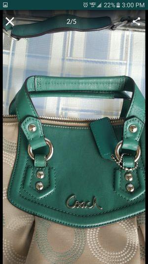 Authentic Coach handbag Purse for Sale in Kissimmee, FL