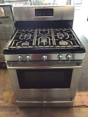 (Anoka 4272-SM LM) Bosch Stainless Steel 5 Burner Gas Stove for Sale in Ramsey, MN