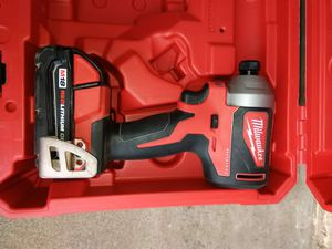 DRILL MILWAUKEE BRUSHLESS BATTERY INCLUDED for Sale in Phoenix, AZ