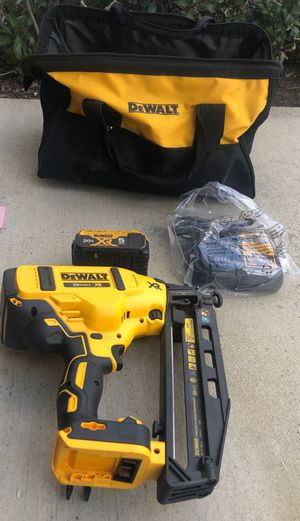 Dewalt 16 gauge finish nailer cordless nail gun with battery and charger 20volt for Sale in Tustin, CA