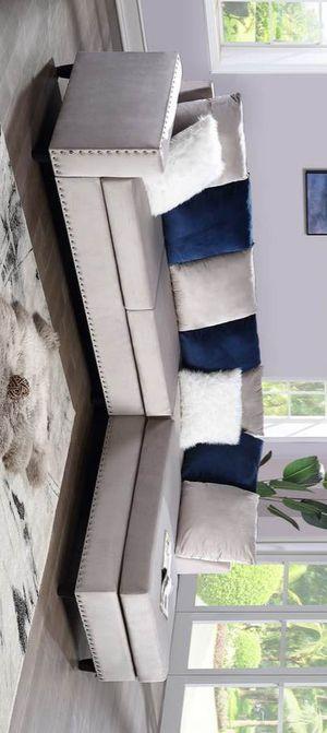 Cindy velvet reversible sectional sofa for Sale in Houston, TX
