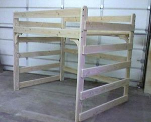 TWIN LOFT BED FRAME BANKBED for Sale in Palmdale, CA