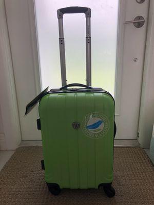 Carry-on lightweight spinner suitcase for Sale in IND CRK VLG, FL
