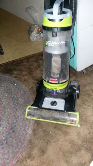 Bissell cleanview swivel pet vacuum for Sale in Portland, OR