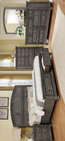 🍃the price is nice🍃Lavonia Gray Storage Platform Bedroom Set for Sale in Jessup, MD