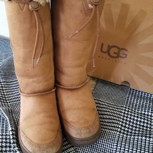 UGG boots Tall Size 8 Women Good Conditions for Sale in Palos Hills, IL