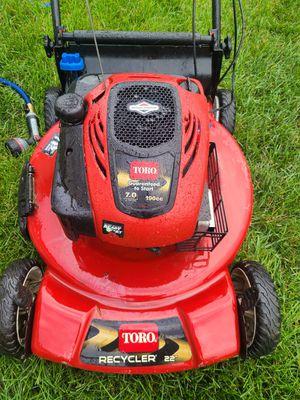 "Lawn mower 22""190cc.Good condition!! for Sale in Naperville, IL"