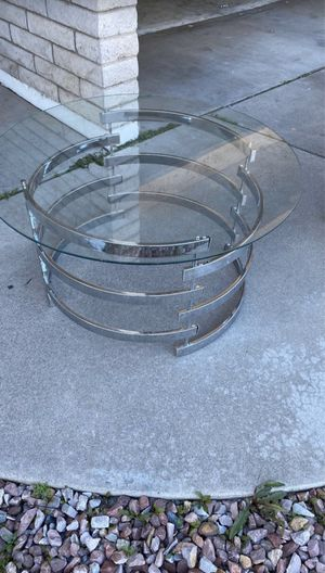 Small table for Sale in Mesa, AZ